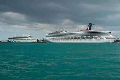Cruise Ships at Key West