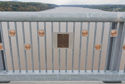 """Walkway Over the Hudson gratefully acknowledges the donors named here who generously gave $10,000 or more to the ""Build a Bridge"" Capital Campaign."