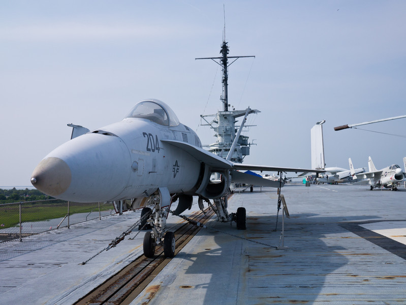 F-18 from the front.