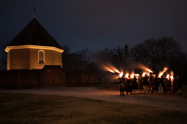 A number of events take place at Colonial Williamsburg.  One of the interesting ones tonight was the colonists firing their muskets!  At first they were firing independently, a few at first, but eventually a dozen or so were present and firing together making for an impressive display!