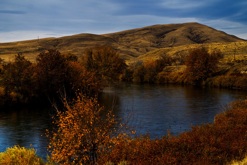 Yakima River & Rattlesnake Mountain.