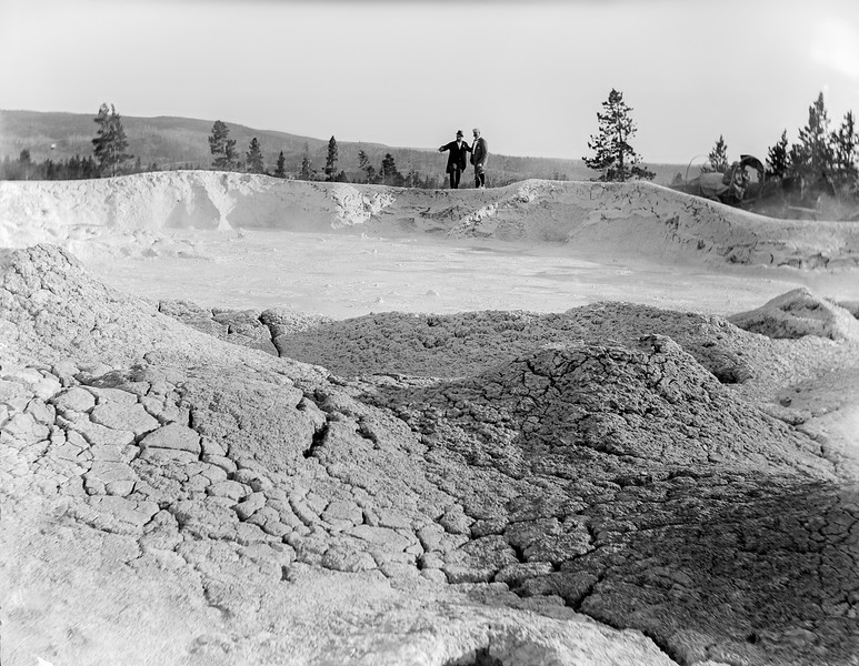 Yellowstone - Mammoth mud pots