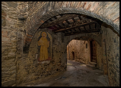 Passage way in Bevagna, valley town, Umbria