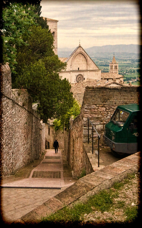 Assisi back street