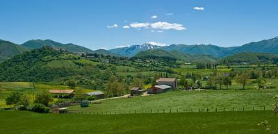 Vallo di Nero, Umbria countryside. en route to Sibillini National Park