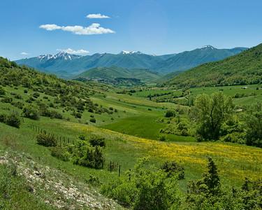 Vallo di Nero countryside. en route to Sibillini National Park