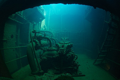 The engine room of the Kensho Maru.