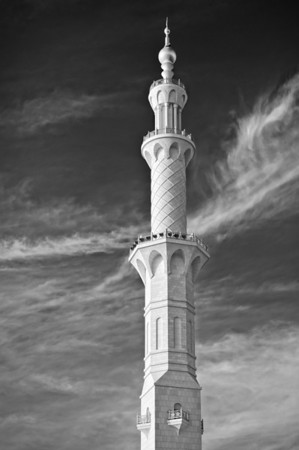 Minaret at the Sheik Zayed Grand mosque, Abu Dhabi