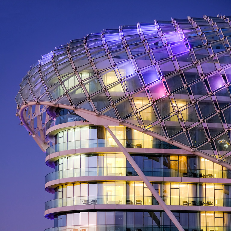 Blue hour Yas Viceroy hotel, Abu Dhabi