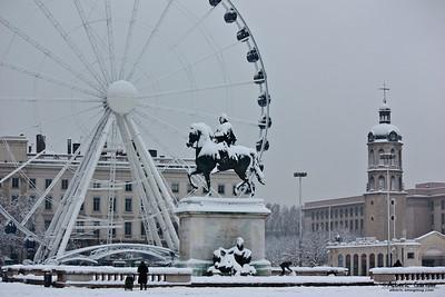 Lyon sous la neige - Place Bellecour