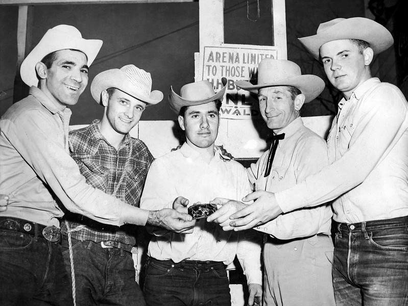 Ed Ewald (2nd from left) & Harry Himsel (2nd from right)