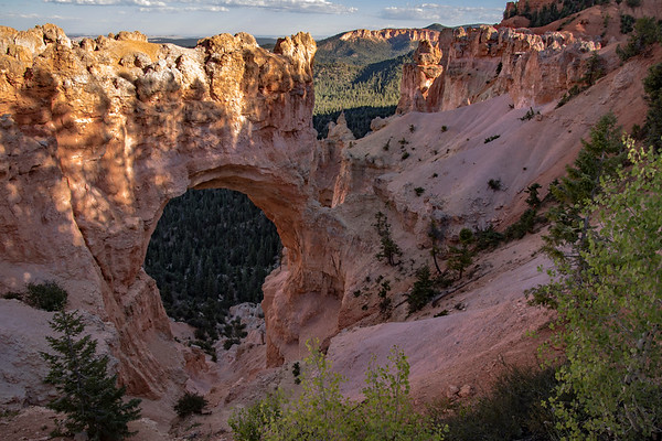 Natural Bridge Bryce Canyon