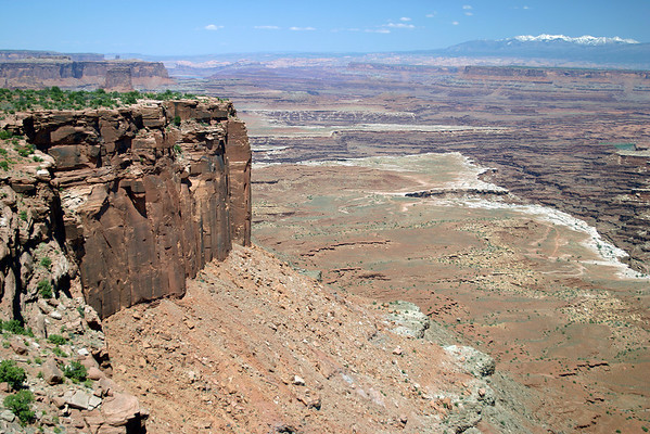 """Over the east rim of the """"Island in the Sky Mesa"""" - to Airport Tower - with Gooseberrry Canyon and Buck Canyon, below the White Rim - Canyonlands National Park - with the distal snow-capped La Sal Mountains"""