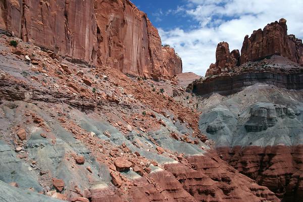Fallen boulders of Windgate sandstone, onto the Chinle Formation slopes below - Capitol Reef National Park