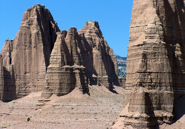 Vertical walls of Needle Mountain and the distal Cathedral Mountain - Capitol Reef National Park (north section)