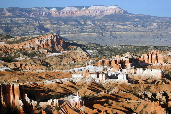 Sinking Ship - Bryce Canyon National Park - across East Valley - to Table Cliff and Powell Point, along the southern end of the Aquarius Plateau