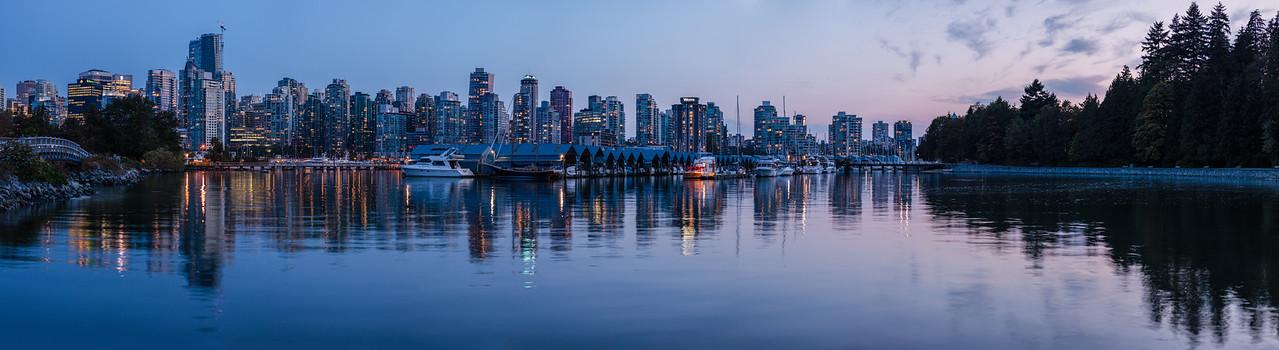 Royal Vancouver Yacht Club & Skyline