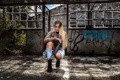 Sara Surprisink - 019