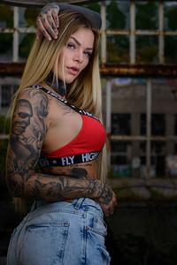 Sara Surprisink - 035