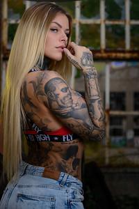 Sara Surprisink - 034