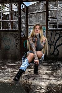Sara Surprisink - 025