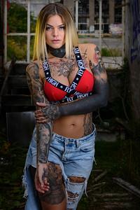 Sara Surprisink - 029