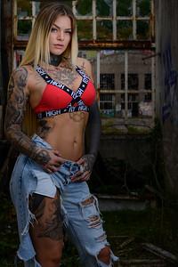 Sara Surprisink - 030