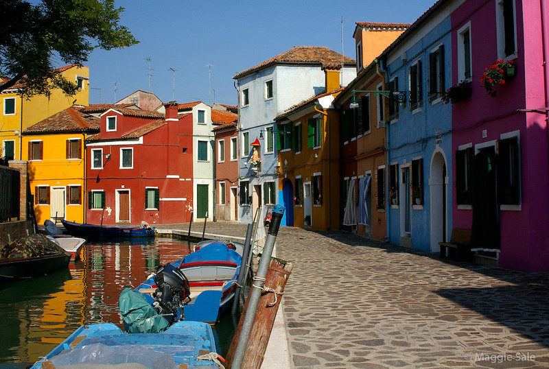 Canal in Burano 2