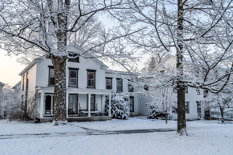 White Snow & White Houses