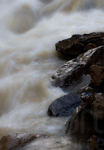 Moving Water 013 | Wall Art Resource