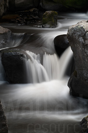 Moving Water 005 | Wall Art Resource