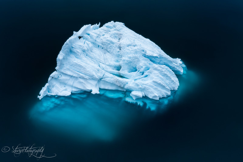 The ice beneath, Antarctic peninsula, 2015