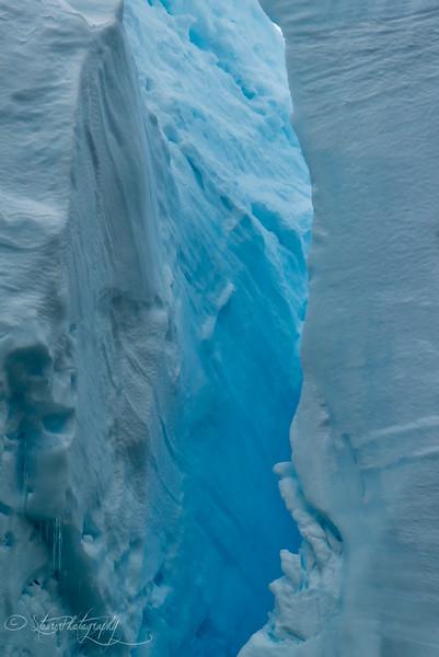 Ice details: 50 shades of blue, Antarctic peninsula, 2015