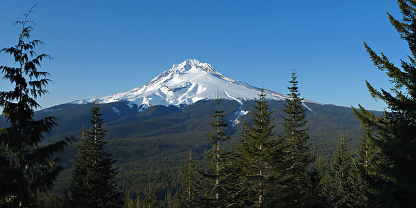 15 image panorama of Mt. Hood, Oregon.
