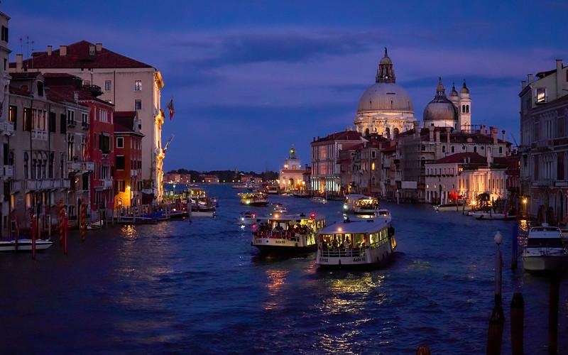 Night Passage, Venice
