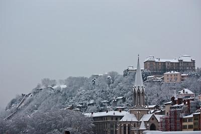 Lyon sous la neige - Eglise Saint George