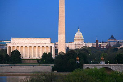 Lincoln Memorial, Washington Monument, U.S. Capitol, Smithsonian Castle, Library of Congress