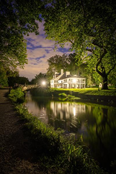 A Night on the Locks