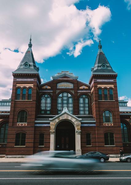 Smithsonian Crossing