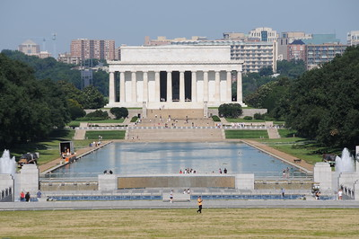 Lincoln Memorial and the World War II Memorial