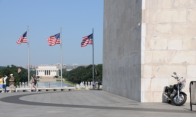 Washington Monument and Lincoln Memorial