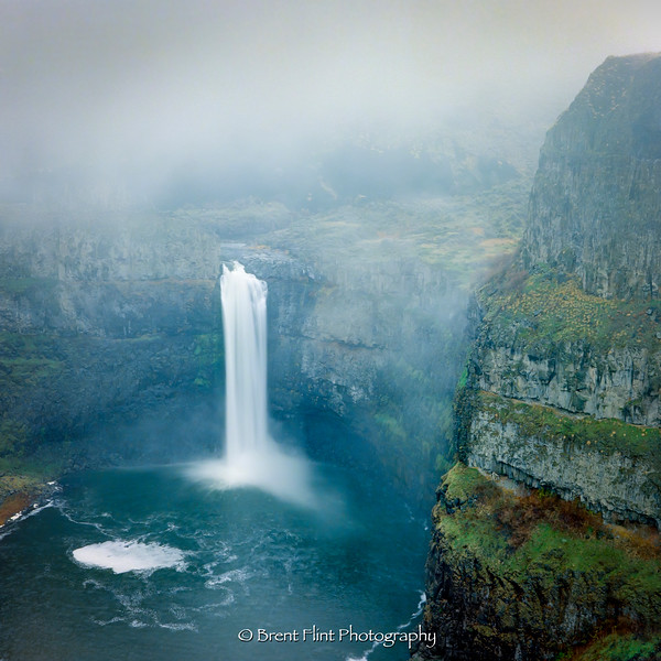 S.5214 - Palouse Falls in morning fog, Palouse Falls State Park, WA.