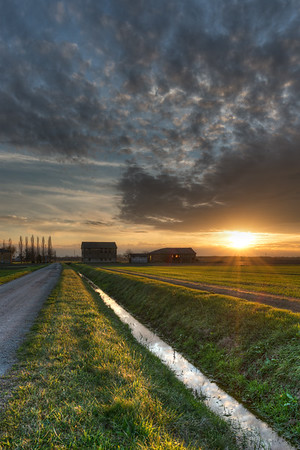 Sunset - Crevalcore, Bologna, Italy - December 9, 2014