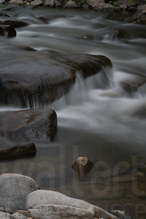 Moving Water 002 | Wall Art Resource