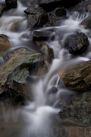 Moving Water 019 | Wall Art Resource