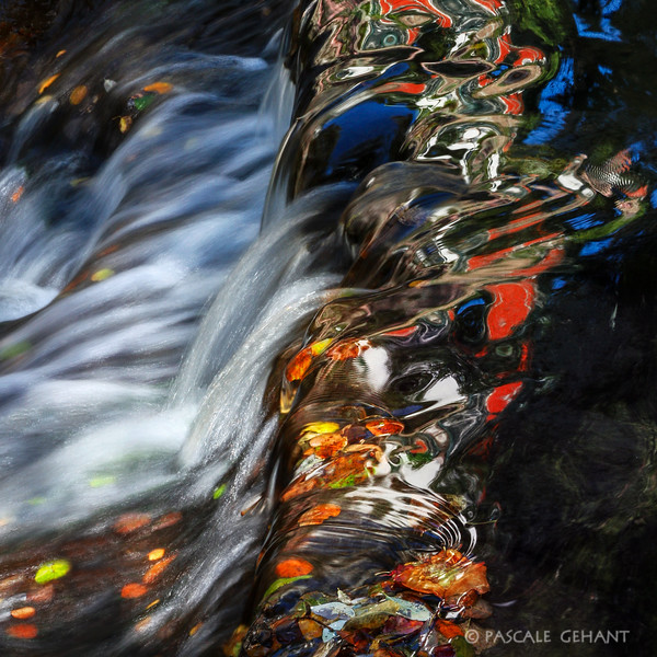 Glossy waterfall with reflection 2