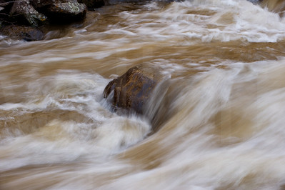 Moving Water 012 | Wall Art Resource