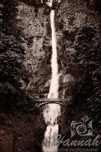 Multnomah Falls Columbia River Gorge Scenic Area, Oregon, U.S.A.  © Copyright Hannah Pastrana Prieto