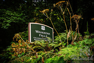 Signage at the Wahkeena Falls Columbia River Gorge Scenic Area, Oregon, U.S.A.  © Copyright Hannah Pastrana Prieto