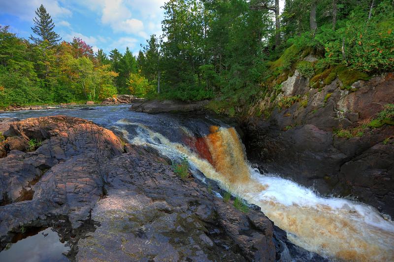 Yondota Falls 01